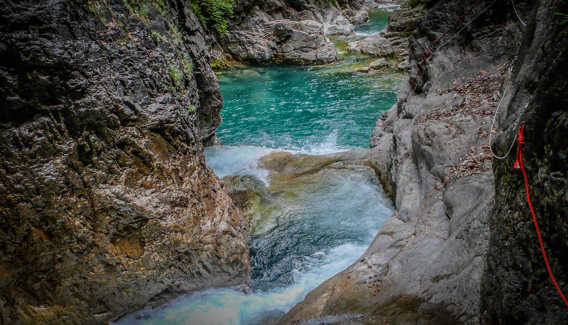 Le canyoning dans les Pyrénées, l'eldorado des amateurs de sensations fortes
