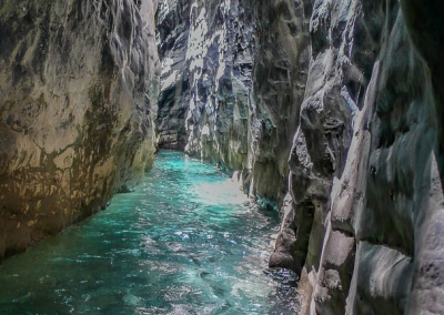 Vue des gorges du canyon de Miraval